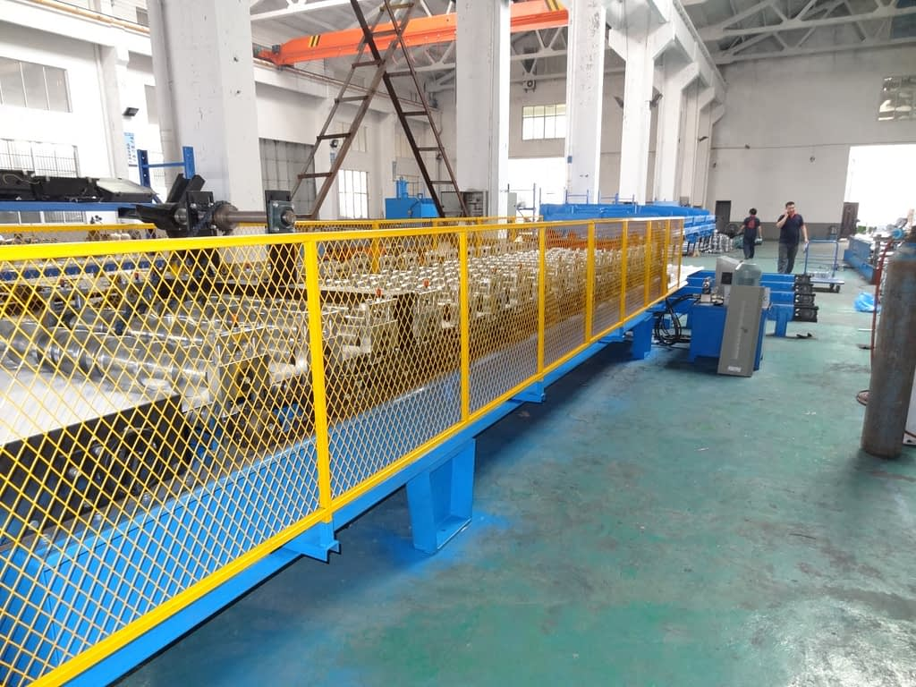 widespan roof sheeting roll forming machine